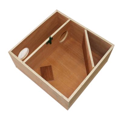 Boîte pour piège à oeuf diamètre 25cm.